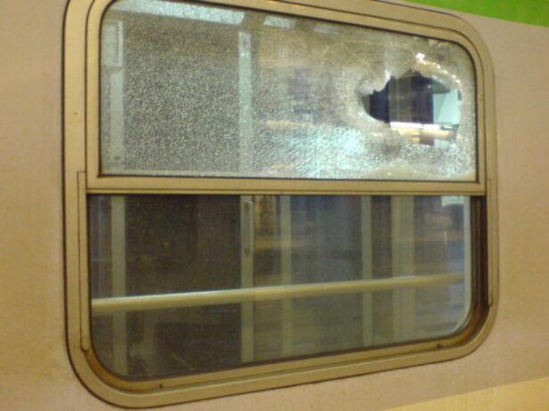 Jeden ze zniszczonych wagonów Marcin/ warszawa@tvn.pl