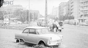 Deszcze i burze dawniej (Narodowe Archiwum Cyfrowe)