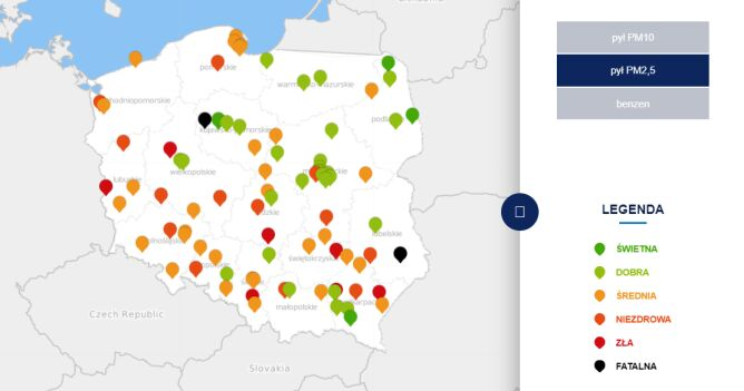 Stężenie pyłu PM2,5 w środę o godzinie 20 (tvnmeteo.pl za GIOŚ)